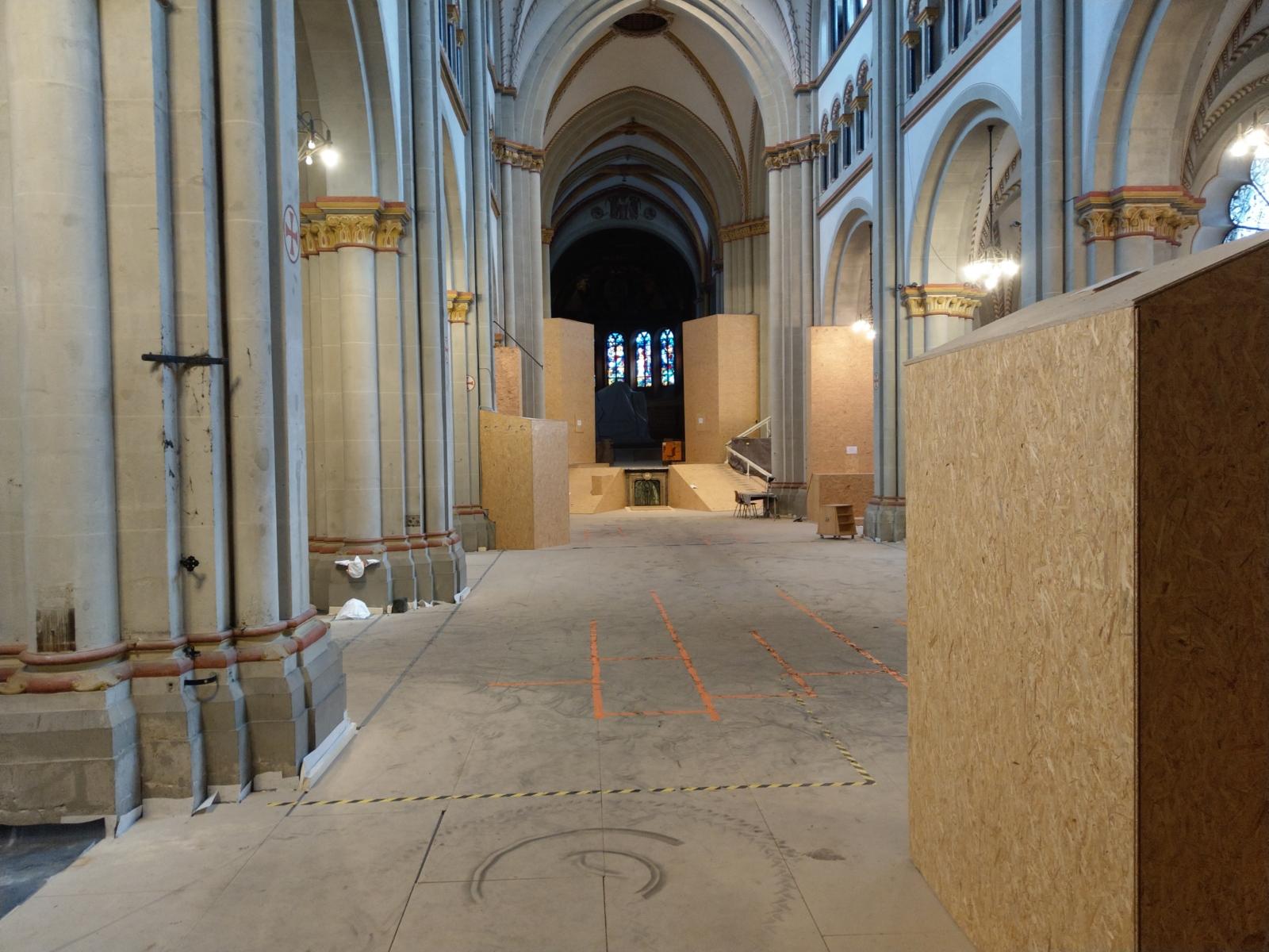 Am Tag des offenen Denkmals das geschlossene Bonner Münster entdecken